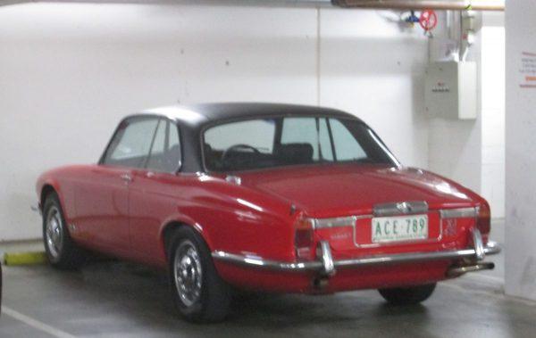 Jaguar XJC 4