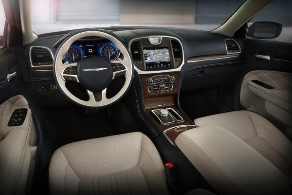 2016 chrysler 300 platinum