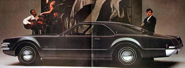 1969 Oldsmobile Toronado-02-03