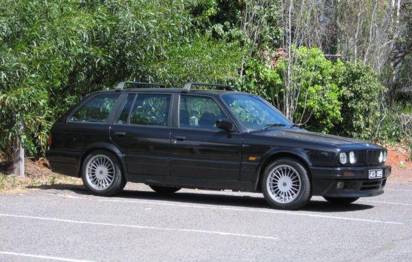 1989 BMW 325i Touring 3