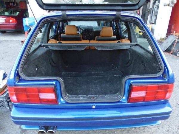 BMW 3-wagon trunk