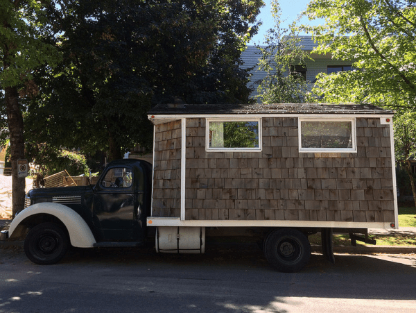 IH 1949 KB-6 housecar side