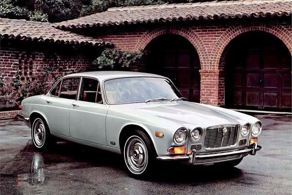 Jaguar-XJ6-Series1