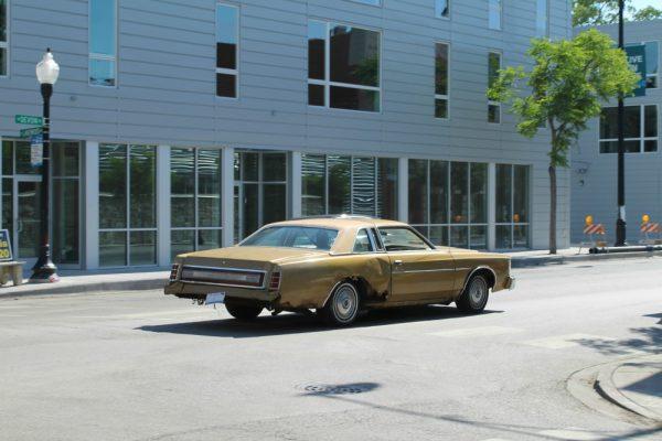 017-1975-ford-ltd-cc