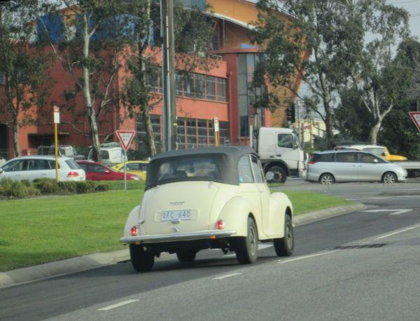 1958 Morris Minor convertible 4