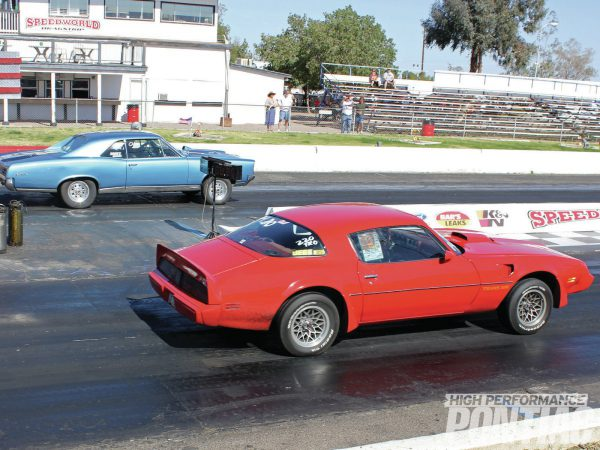 pontiac-trans-am-1979-drag