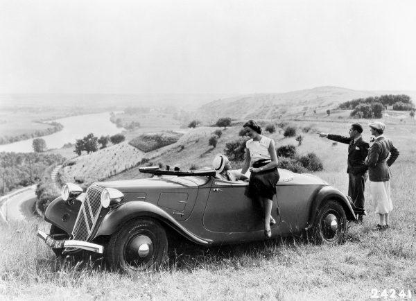 CC Capsule: Monday Morning Rarities – 1939 Rosengart Supertraction ...