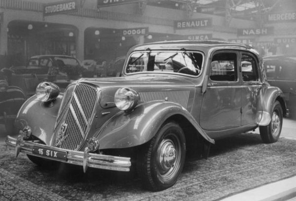 Belgian-built Citroën 15-Six at the 1951 Brussels Motor Show.