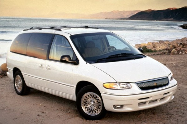 1996-chrysler-towncountry-lxi