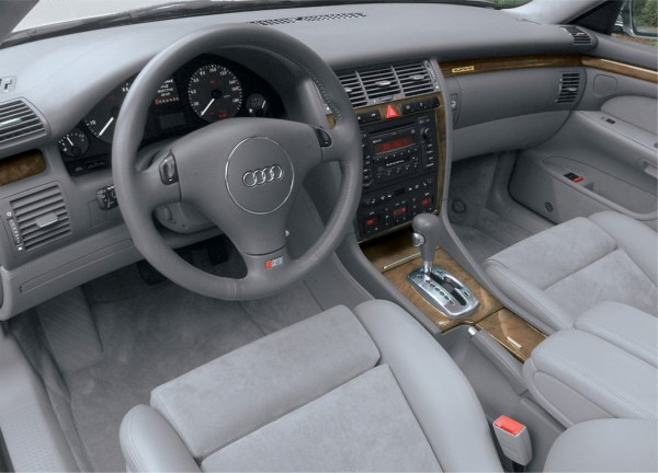 1999-s8-interior