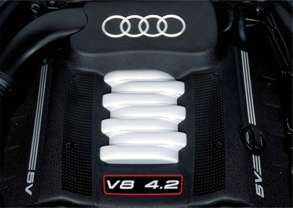 audi-s8-engine