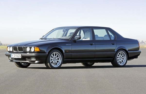 bmw_e32_750il_25thanniversary