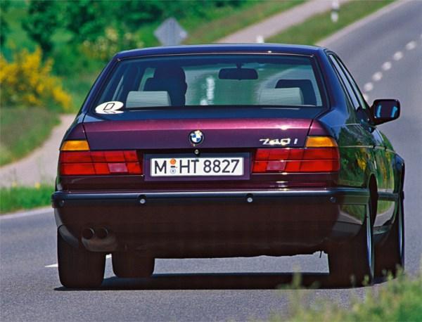 e32_740i_rear