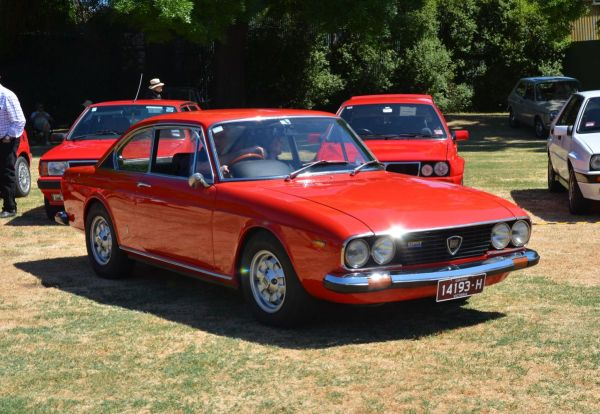 lancia-flavia-coupe-hf-red