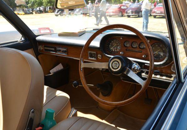 lancia-flavia-coupe-interior