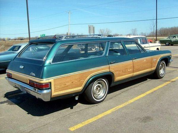 1966-chevy-caprice-wagon