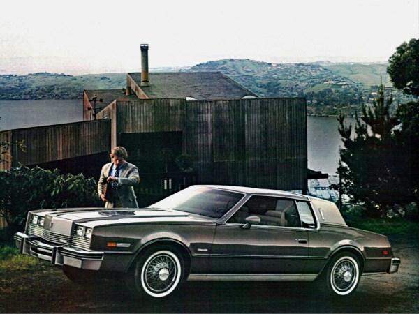 brochure-1983-olds-toronado-2