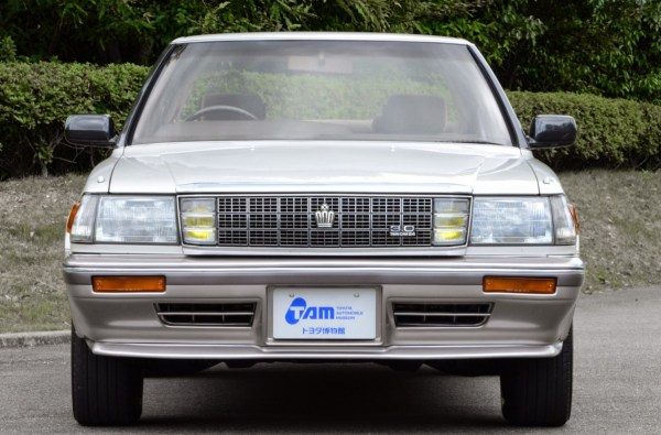 toyota_crown_royal_saloon_g_3-0_hardtop