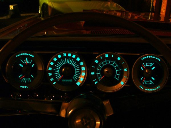 dodge-charger-1966-dash