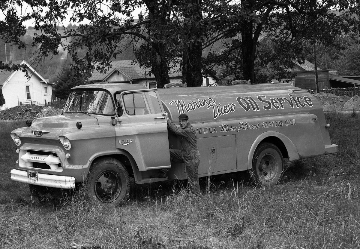 Cohort Vintage Photography: A Gallery of 1955-1957 New Chevy Trucks ...
