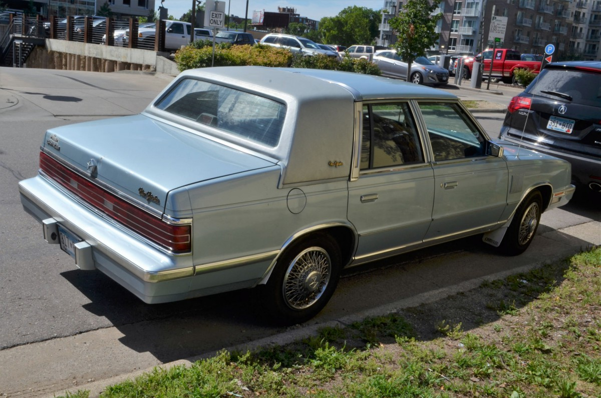 Curbside Classic 1986 Chrysler New Yorker Just A Little Off Toyota Cressida Wiring Diagram As Stated At Its Heart The 1983 1988 E Body Was More Than Gussied Up Stretched K Car George Neil Recently Summed Detroits Approach