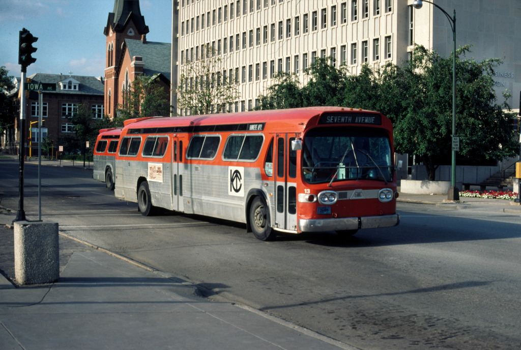 Bus Stop Classic: GM PD 4104 – The Most Dominant and Influential Bus