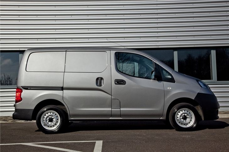 cc outtake nissan nv200 most under tired vehicle today and a warning if you re thinking. Black Bedroom Furniture Sets. Home Design Ideas
