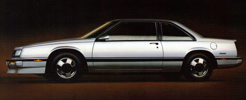 Vintage Review 1987 Buick Lesabre T Type And Buick Riviera T Type Missing The Target
