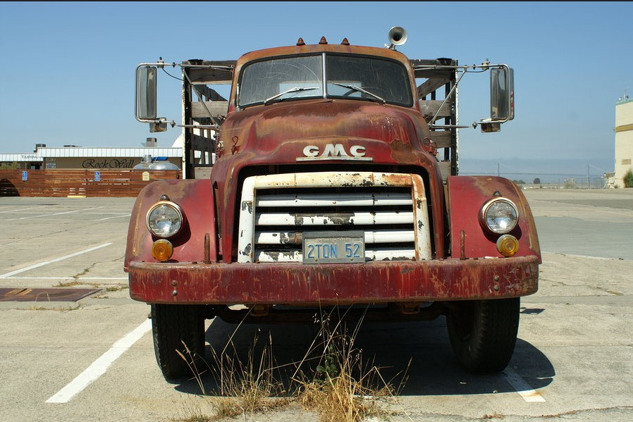 Cohort Outtake: 1954 GMC 620 Truck – Make Room for the Really Big
