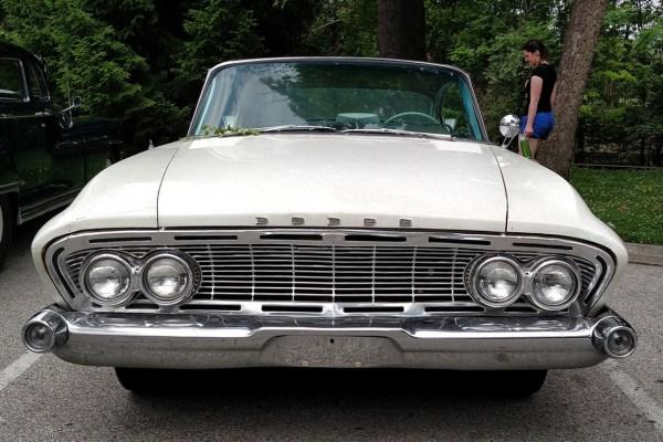 Curbside Clic: 1961 Dodge Dart Pioneer – The Anti-Impala