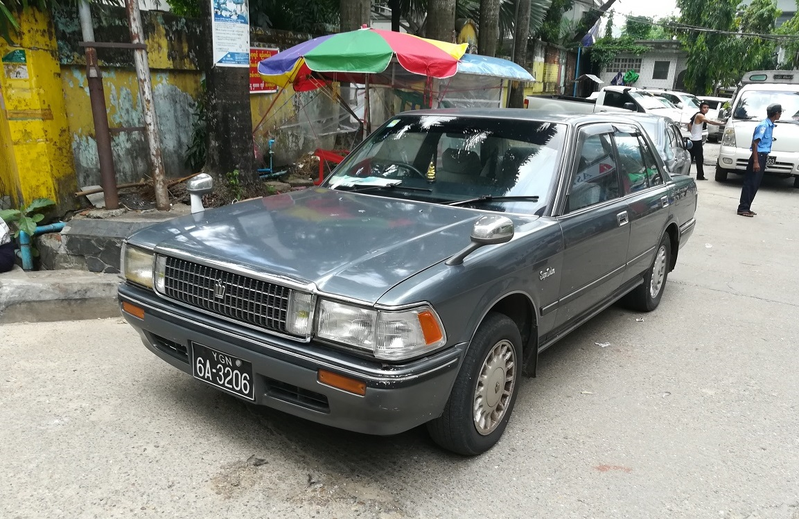 Cc Capsule 1989 Toyota Crown S 130 Super Deluxe Conservatism On Cressida Fenders Four Wheels