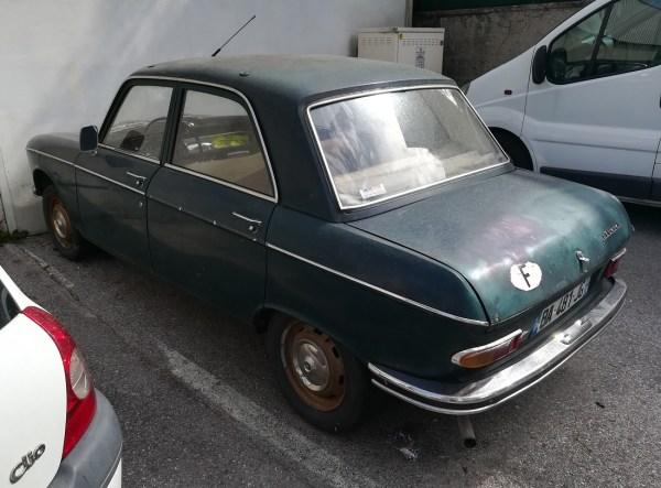 Peugeot 403 404 504 204 304 Grill Emblem