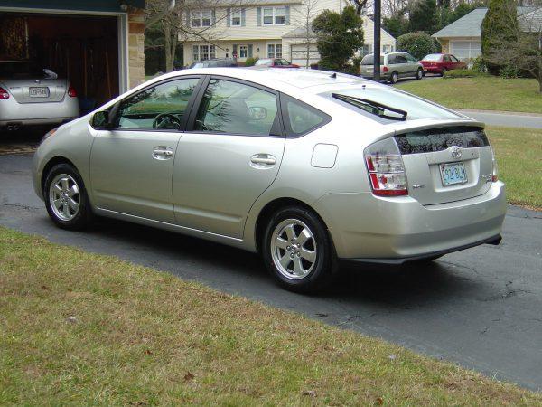 2004 Toyota Prius rear view