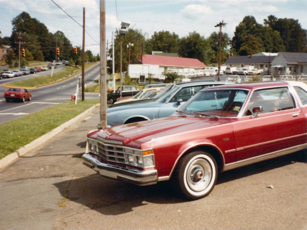 d79e16ba16e9 Vintage Photos  Let s Go Used Car Shopping… In 1982