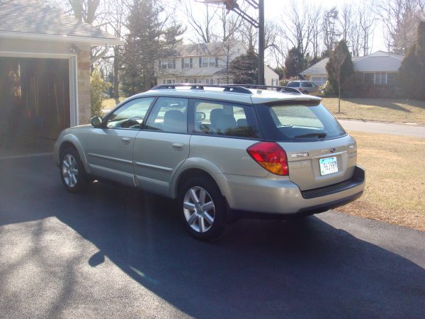 2006 Subaru Outback rear view
