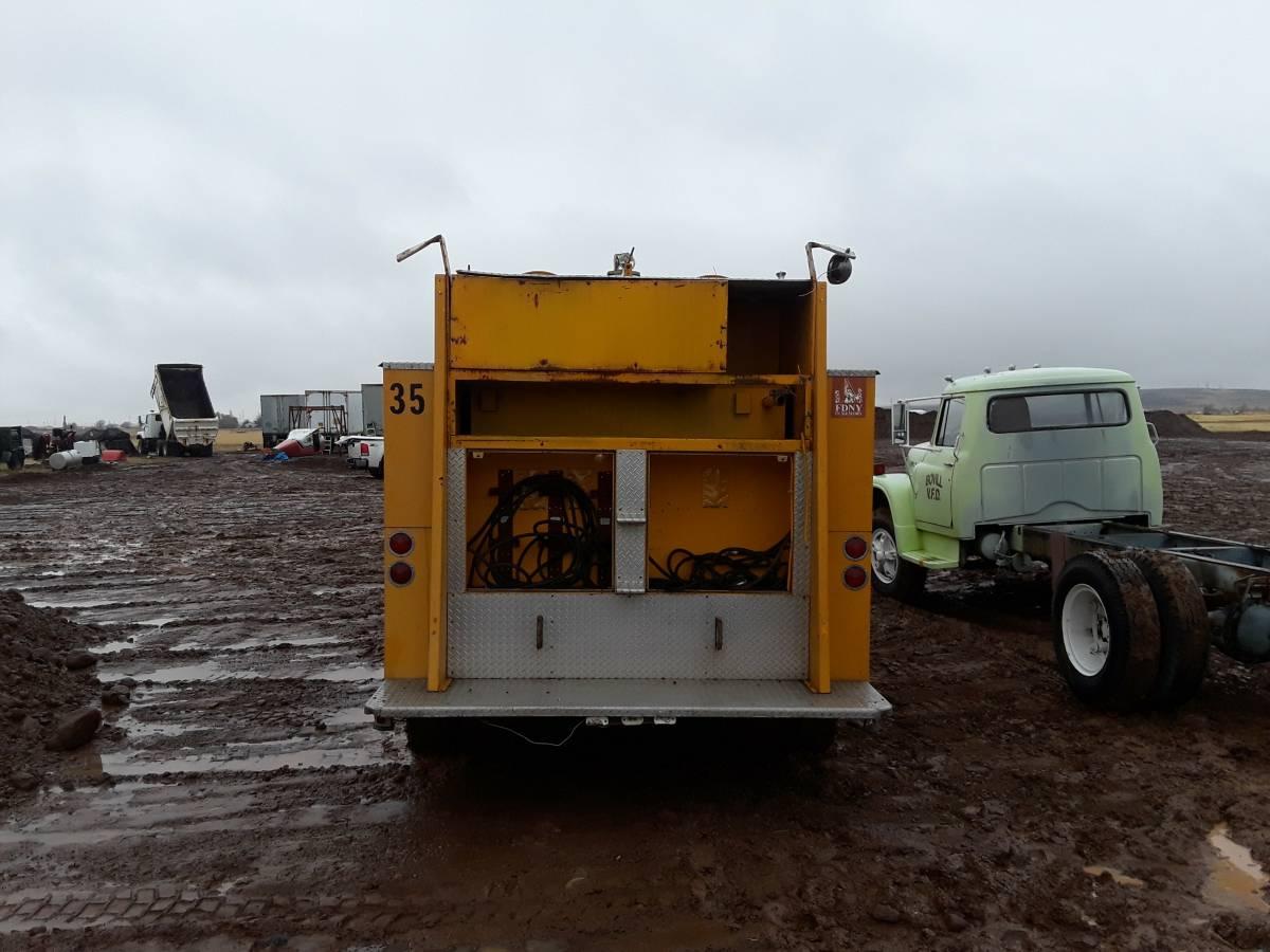CC For Sale: The Truck (1977ish IH Loadstar Pumper