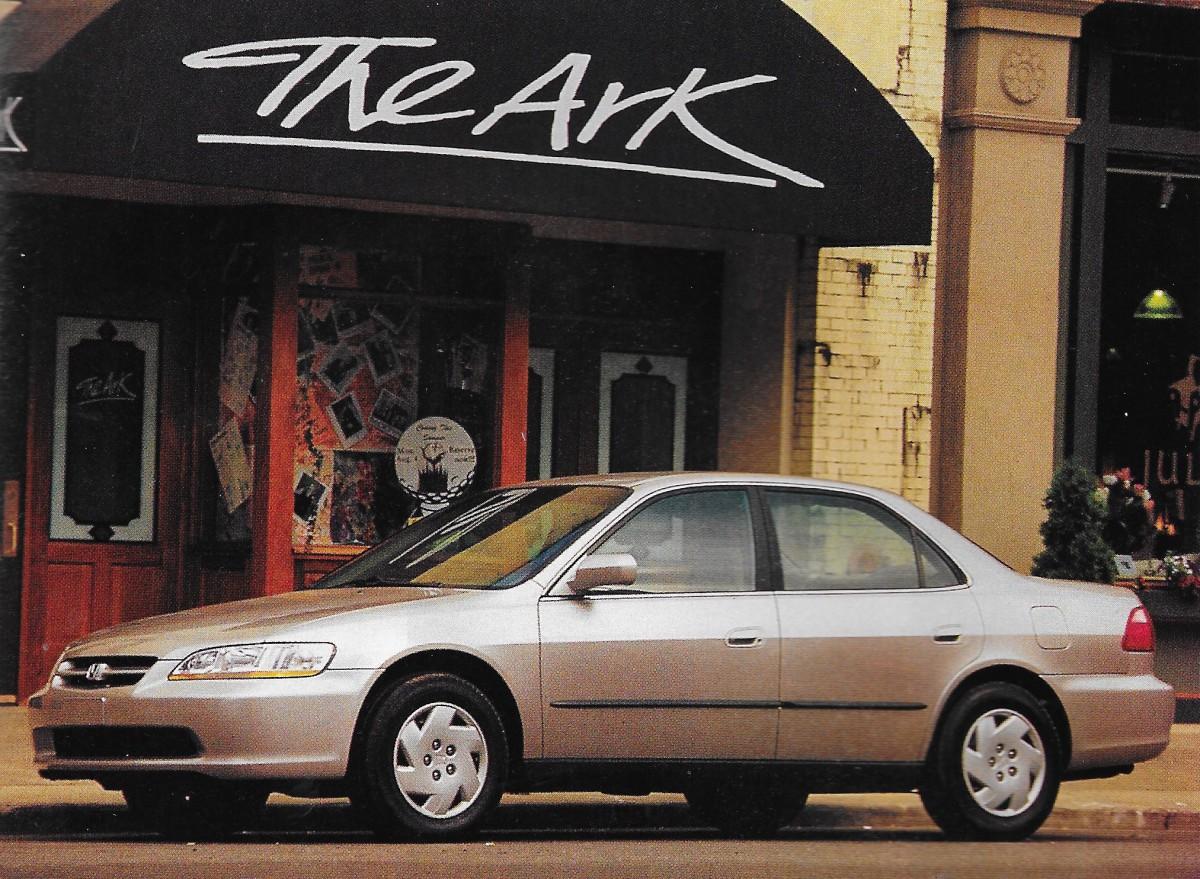 Kelebihan Kekurangan Honda 1998 Perbandingan Harga