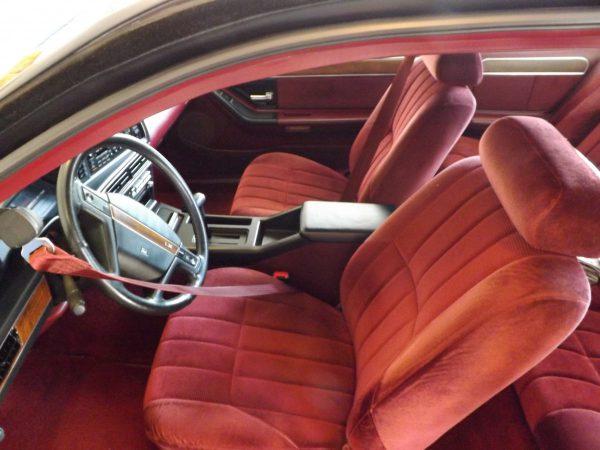 Interior of 1989 Ford Thunderbird LX