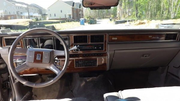 1989 Lincoln Town Car Cartier dash