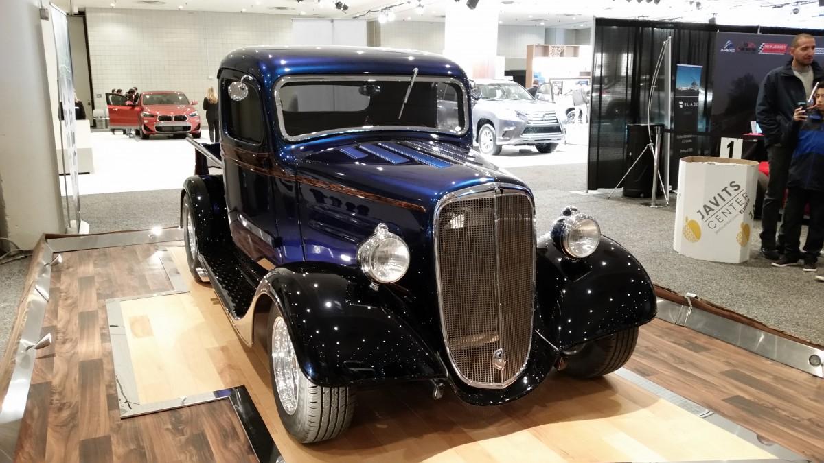 Curbside Classic Visits The New York International Auto Show - Saratoga auto museum car show