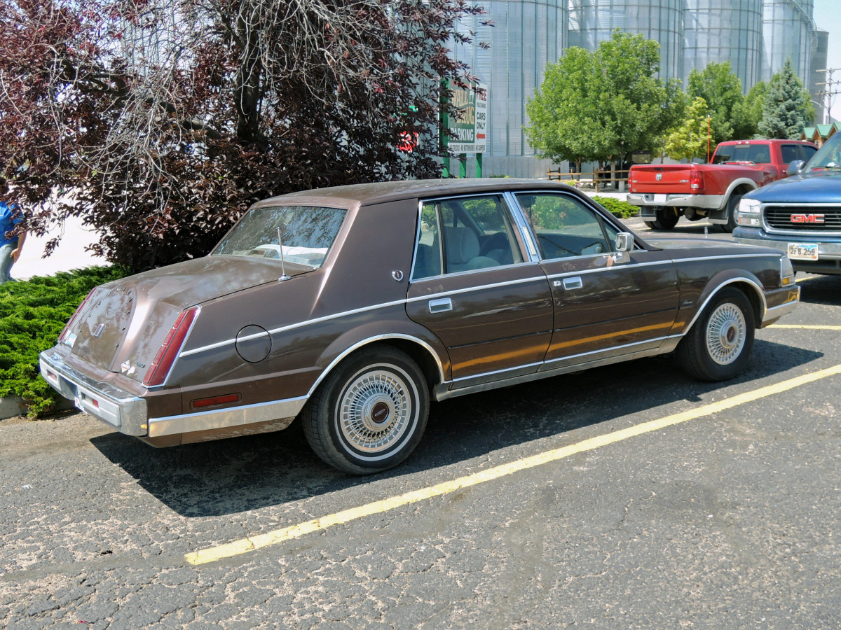 curbside classic: 1987 lincoln continental – last of the bustleback breed