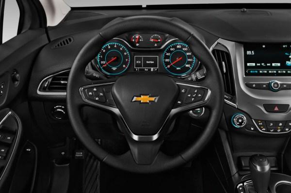 2016 Chevrolet Cruze wheel