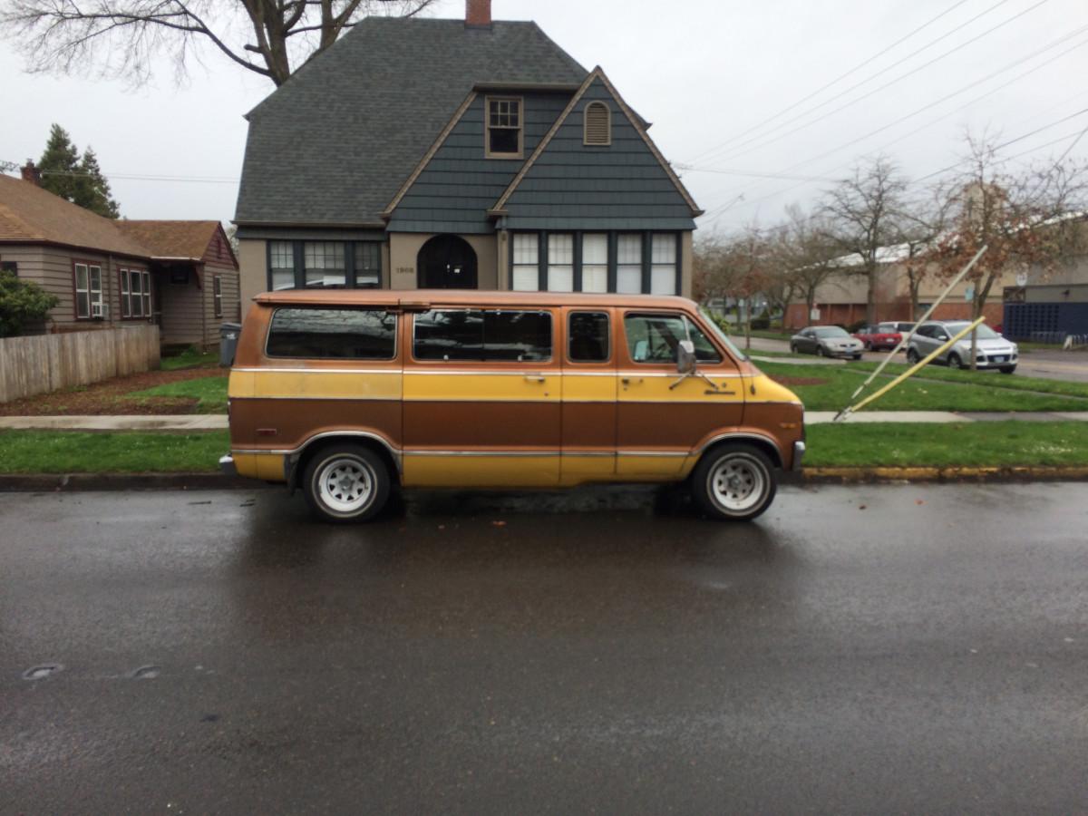 Curbside Classic: 1977 Dodge Sportsman Royal Van – Peak