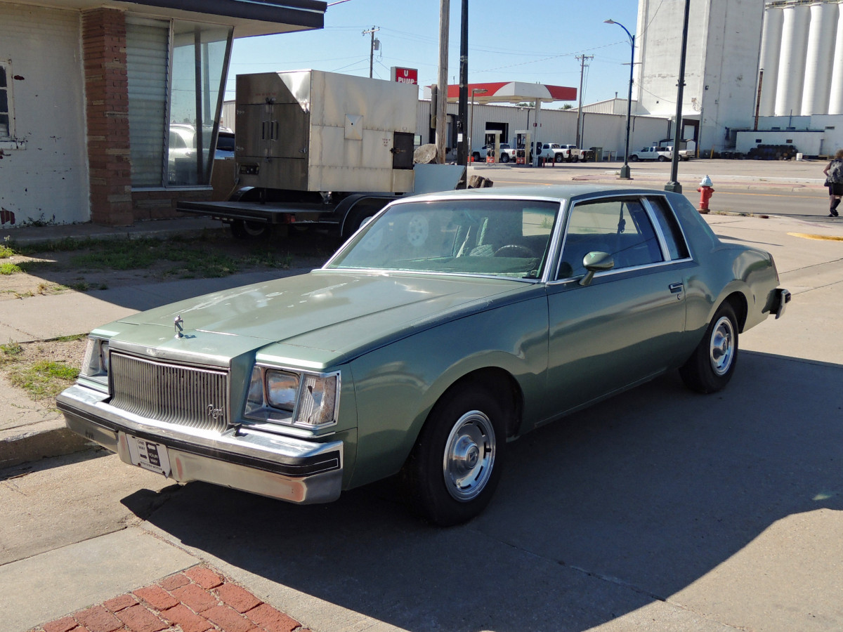 curbside classic 1978 buick regal the extreme moderate curbside classic curbside classic 1978 buick regal