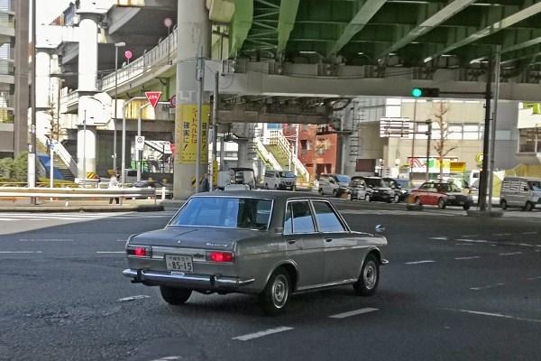 Nissan Bluebird 510 (rear)