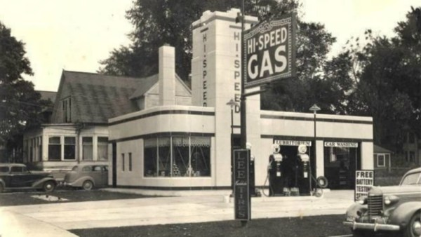 Hi-Speed Gas service station picture, as found on Pinterest.