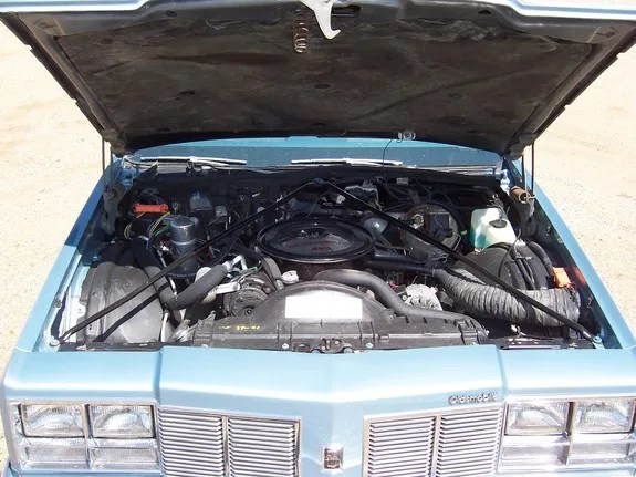 1977 Oldsmobile with Oldsmobile Engine