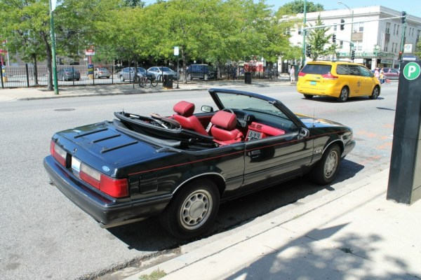 1989 Ford Mustang LX 5.0L convertible.
