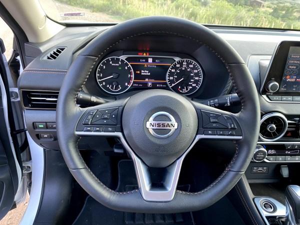 2020 Nissan Sentra SR