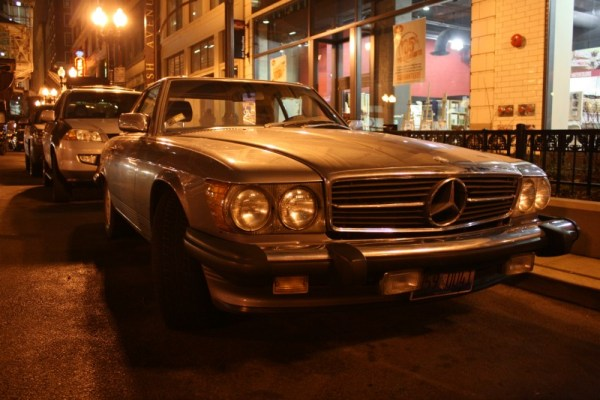 1987 Mercedes-Benz 560SL. Downtown, The Loop, Chicago, Illinois. Wednesday, 12/21/2011.